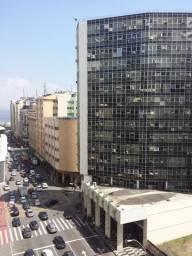 Sala comercial de frente, av. Amaral Peixoto, Edifício Del Labor