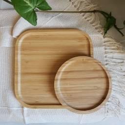 Apoios de bambu lindos e versáteis