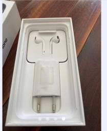 iPhone 7 64 gigas Obs:tela trincada mas funciona normalmente