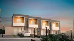 Sao Francisco-Sobrada de condominio - 2 dorm/suite e quintal-Entrada + Financiamento!!