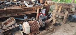 Bomba e motor de irrigação
