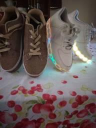 Sapatos e sapatilha