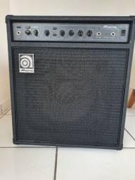 Amplificador/Cubo para Contrabaixo Ampeg