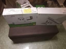 XBOX ONE S 1 TB Novo na caixa