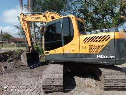 Escavadeira Hyundai R140 Ocupada 2016