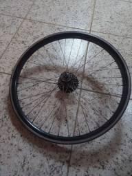 Vendo roda vmaxx pra freio a disco