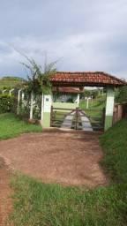 Casa em Igarata , ao lado da rodovia Dao Pedro 1, km 20