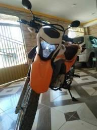 Vendo moto broz160