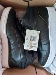 Vendo Tênis Adidas 36
