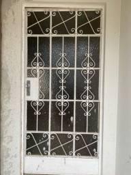 Porta externa ferro e vidro completa