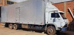 Caminhão 15180 ano 10 baú truckado