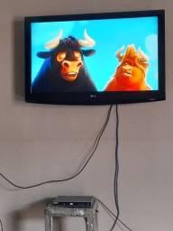 Título do anúncio: Vendo televisão não eh smart marca LG