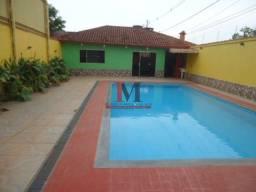 Alugamos casa estilo edícula com 2 quartos com piscina, próximo a jatuarana