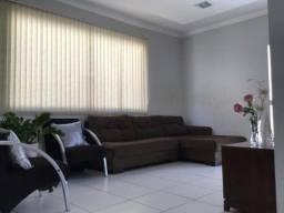 Casa com Piscina no Alto do Calhau, 420 Mil, 03 qts,Aceita veículo no negócio.