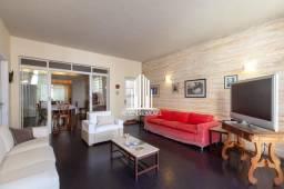 Título do anúncio: Casa à venda no Pacaembu 280m², 6 dormitórios