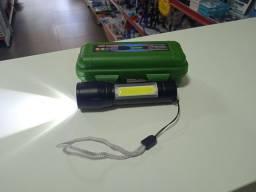 Mini Lanterna Portátil com Bateria