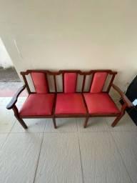 Título do anúncio: Vendo sofá de madeira
