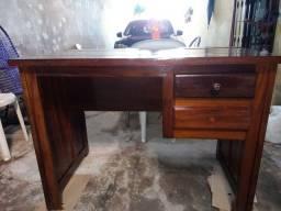 Mesa para escritório em madeira