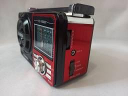 Rádio AM/FM pendrive e cartão de memória