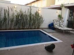 Casa  com 3 Quartos e 3 banheiros no Pinheirinho