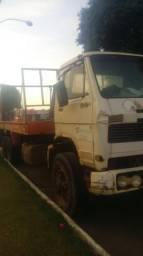 Vendo caminhão com polyguidaste - 1985