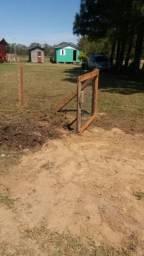 Vendo terreno com casa em bacopari
