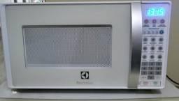 Micro-ondas Electrolux 20L(aceito cartão)