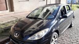 Peugeot 307 - precisa reparos - 2009