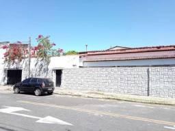 Casa para aluguel, 4 quartos, 4 vagas, Rodolfo Teófilo - Fortaleza/CE