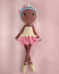 Boneca Fada Abril Amigurumi (em crochê)