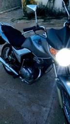 Vendo moto Titan ks 150 - 2010
