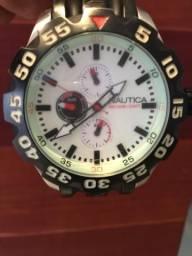 Relógio importado da Náutico