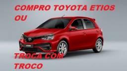 Toyota Etios Pago à Vista ou Troca com Troco