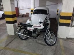 Moto Honda CG 125cc 1984 Quadrada