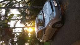 Fiesta sedan 1.0 2005