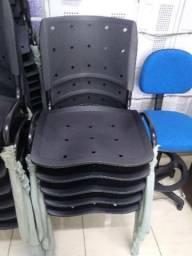 Cadeira anatomica empilhaveis nova
