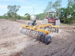 Trator Massey  680 + Grade aradora 28x28