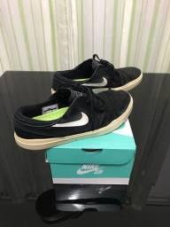 Nike sb preto
