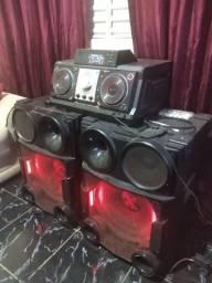 Mini System LG 2000W Rms USB MP3 - CM9730<br><br>