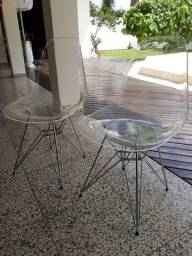 2 cadeiras Charles Eames.
