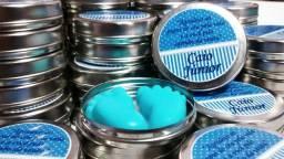 10 latinhas com pezinho de sabonete e etiqueta personalizada