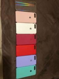Vendo 7 Capinhas IPhone 8 Plus