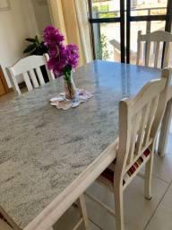 Mesa de refeições