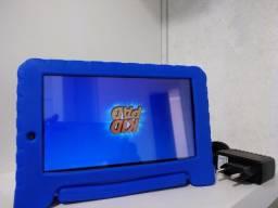 Tablet Infantil Multilaser Vingadores Plus - com Capa 7? Wi-Fi 16GB Android 8.1 Quad-Core
