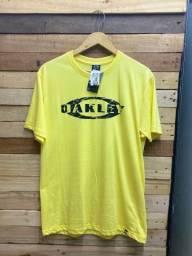 Camiseta na Baluarte R$ 28,00 cada, à vista