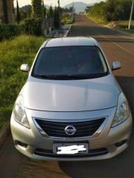 Título do anúncio: Nissan versa 1.6 2014 - 2° dono