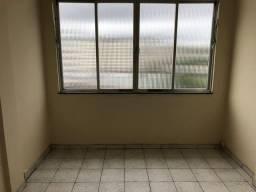 Apartamento em Centro, Niterói/RJ de 25m² 1 quartos para locação R$ 500,00/mes