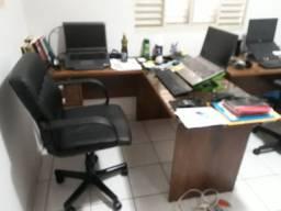 Título do anúncio: Vendo mesa para escritório