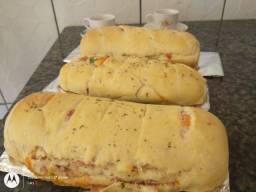 Pães  e pizza  delicia