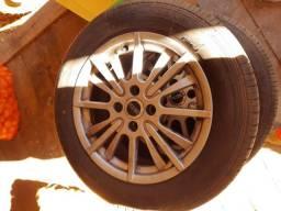 Pneus e rodas aro 15